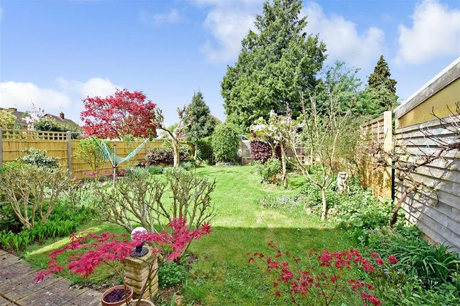 Thumbnail Link-detached house for sale in Birch Road, Paddock Wood, Tonbridge, Kent