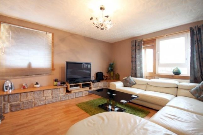 Thumbnail Maisonette to rent in Overton Mains, Kirkcaldy