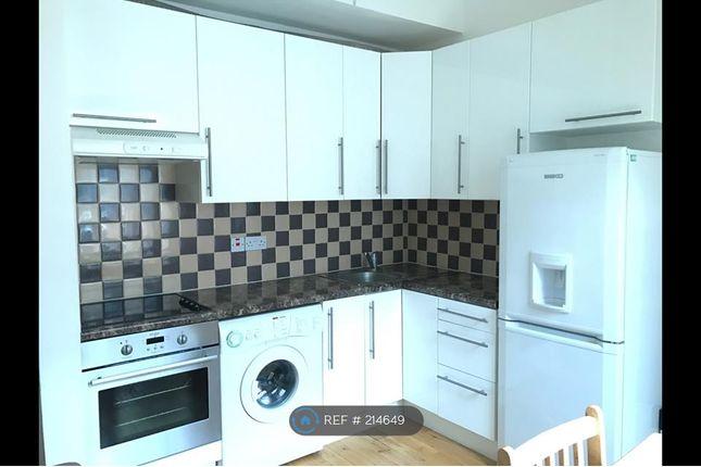1 bed flat to rent in Queensborough Terrace, London