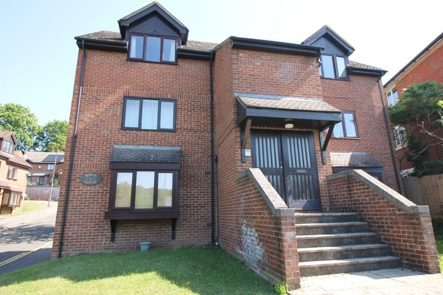 Studio to rent in Ludlow Mews, London Road, High Wycombe HP11