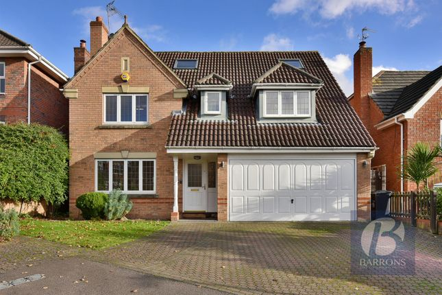 Thumbnail Detached house for sale in Biggs Grove Road, Cheshunt, Waltham Cross