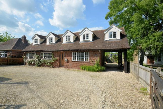 Thumbnail Bungalow for sale in Station Road, Upton, Didcot