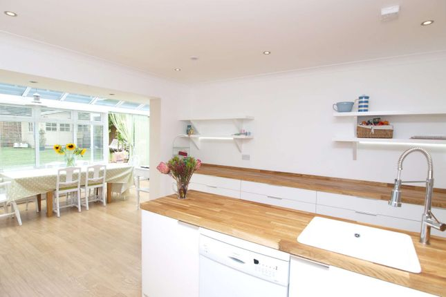 Thumbnail Detached house to rent in Brampton Road, St.Albans