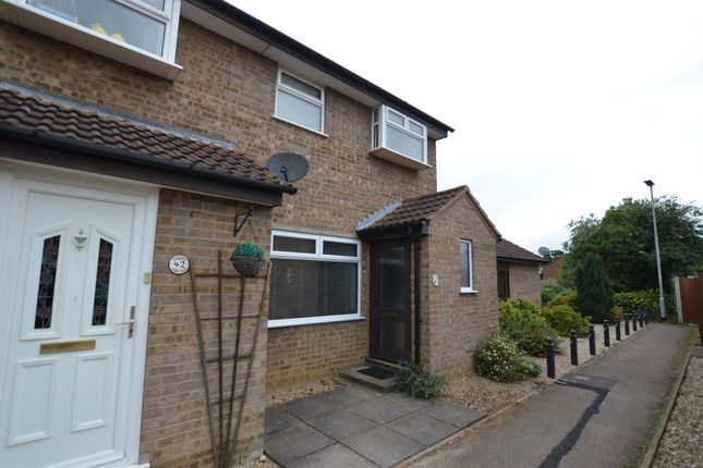 3 bed terraced house for sale in Lackford Close, Brundall, Norwich