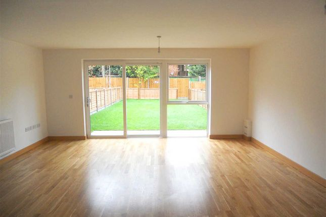 Thumbnail Flat to rent in Zodiac Close, Edgware
