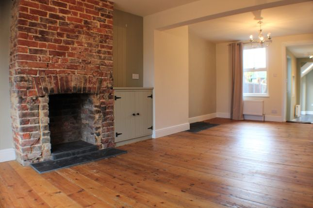 Thumbnail Terraced house to rent in Grosvenor Road, Ashford