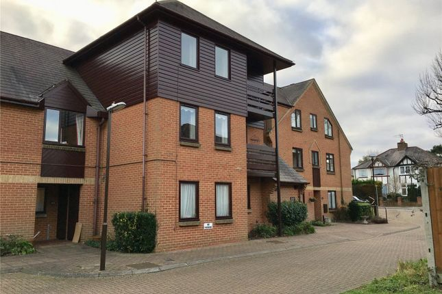 Thumbnail Flat for sale in Breakspear Court, The Crescent, Abbots Langley