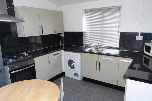 Thumbnail Property to rent in Tulloch Street, Cathays, ( 5 Beds )