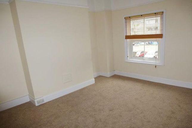 Thumbnail Room to rent in Victoria Road, Aldershot