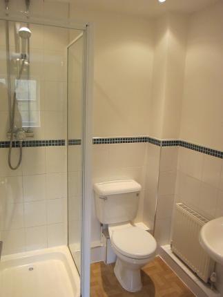 Bathroom 1 of Longford Street, Derby DE22