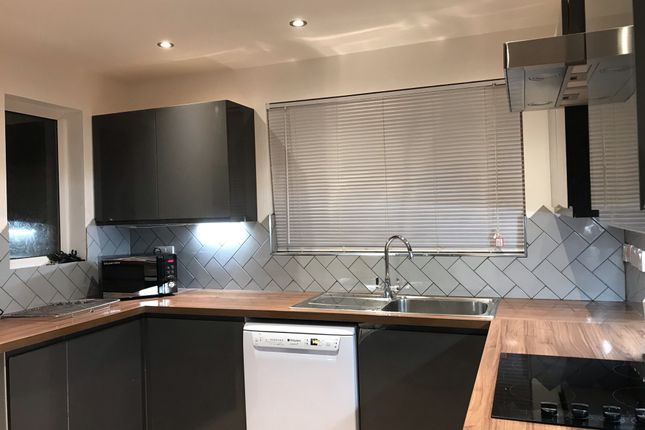 Thumbnail Room to rent in Broadlands Drive, Bristol