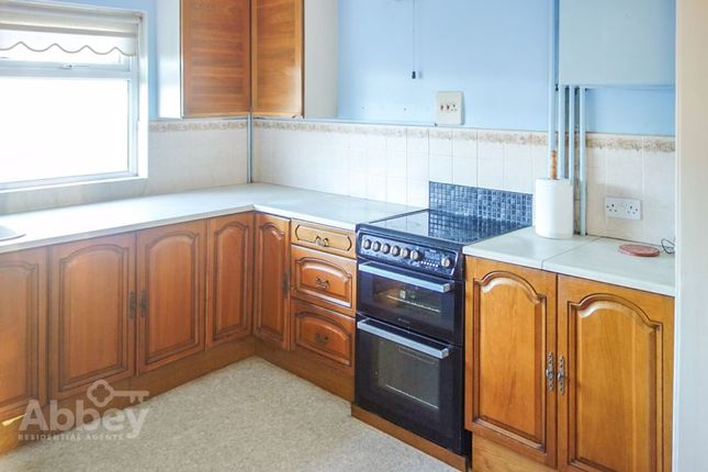 Kitchen 2 of Neath Road, Tonna, Neath SA11