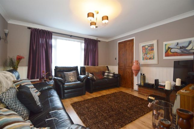 # Lounge of Temple Way, East Malling, West Malling ME19