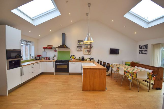 Dining Kitchen of Oakdale Drive, Heald Green, Cheadle SK8