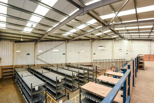 Thumbnail Light industrial to let in 231 London Road, Staines Upon Thames