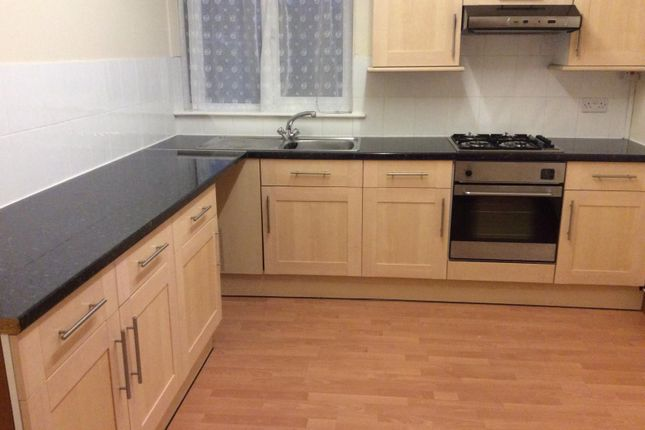 Thumbnail Flat to rent in 4 Laburnum Drive, Cherry Willingham, Lincoln