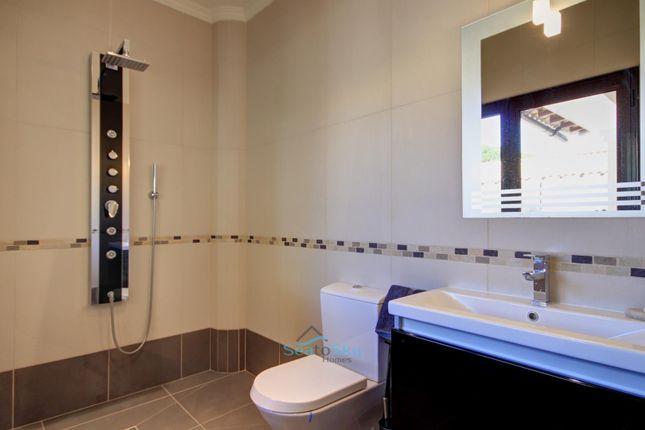 Modern Wet / Shower Room