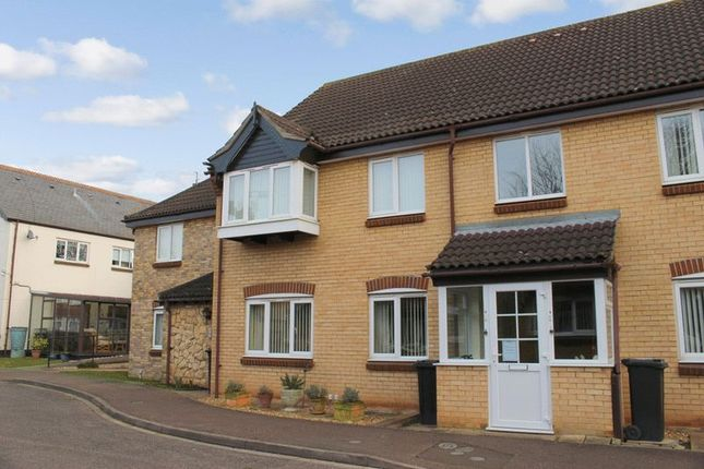 Thumbnail Flat for sale in Kimbolton Court, Cobden Avenue, Peterborough