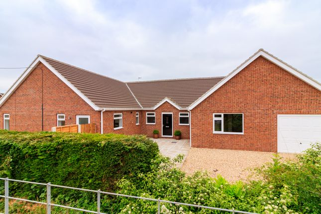 Thumbnail Bungalow for sale in Washdyke Lane, Leasingham, Sleaford