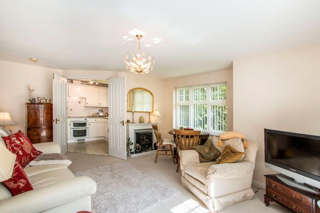 Thumbnail Flat for sale in Constable Close, Ferndown