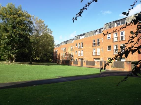 Thumbnail Flat for sale in Alma Court, Clifton