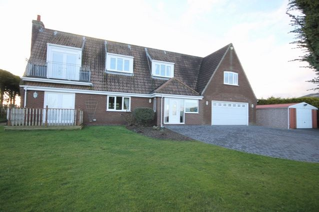Thumbnail Detached house for sale in Malton Road, Hunmanby, Filey