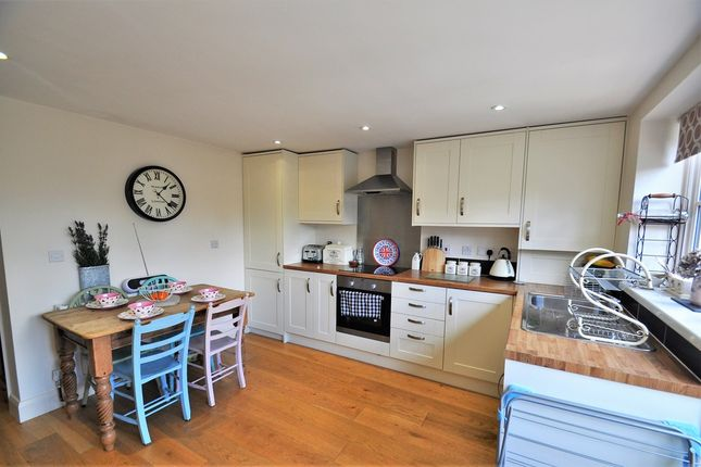 2 bed terraced house to rent in High Street, Rolvenden, Cranbrook