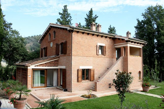 Thumbnail Detached house for sale in Cetona, Siena, Tuscany, Italy