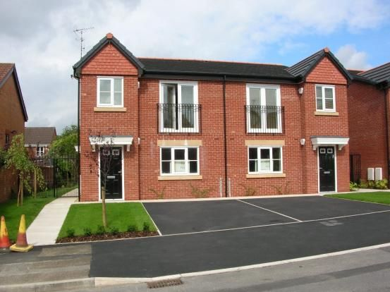 Thumbnail Flat to rent in Hoade Street, Hindley