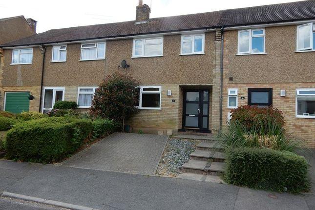 Thumbnail Terraced house for sale in Oak Road, Caterham