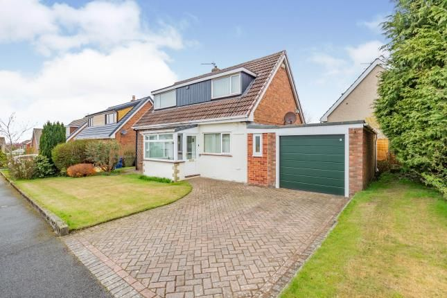 3 bed bungalow for sale in Wallhurst Close, Worsthorne, Lancashire BB10