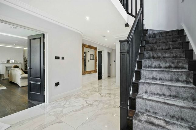 Thumbnail Detached house to rent in Rotherwick Hill, London
