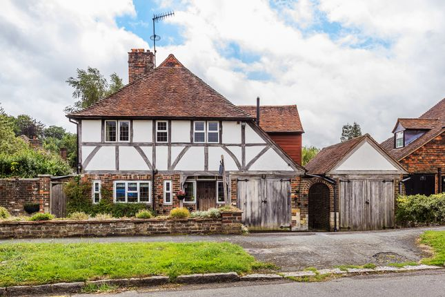 Thumbnail Detached house for sale in Peter Avenue, Oxted