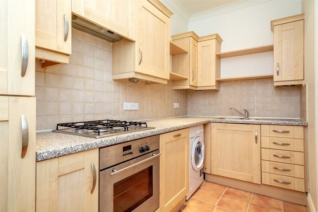 Thumbnail Flat to rent in Langton Court, Scarcroft Road, York