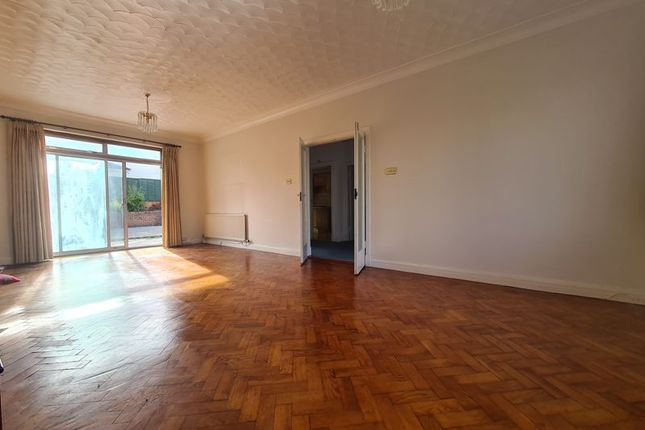 4 bed detached house to rent in Cyncoed Road, Cyncoed, Cardiff CF23