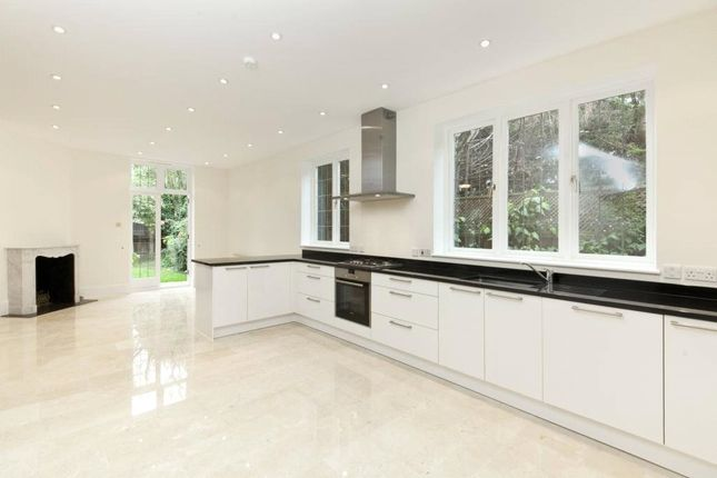 Thumbnail Detached house to rent in Howards Lane, Putney, London