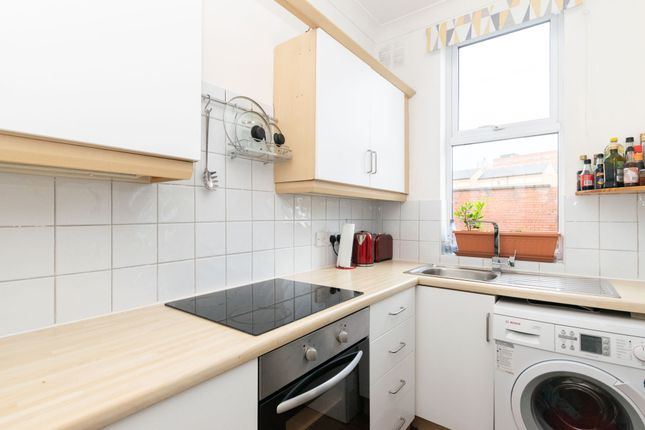 Kitchen 2 of Kepler Terrace, Leeds LS8