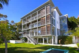 Van Der Merwe Miszewski Architects Designed Masterpiece On Ocean View Drive, Bantry Bay