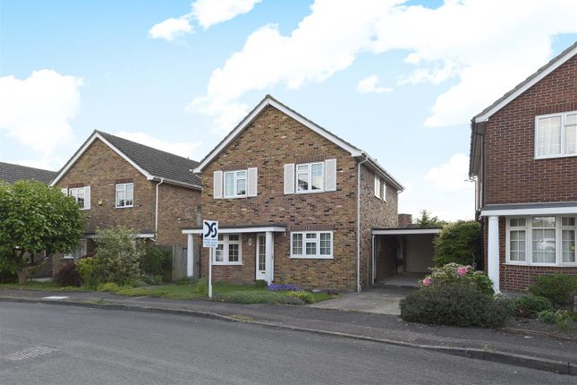 Thumbnail Detached house for sale in Haywards Close, Wantage