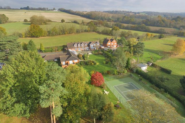Thumbnail Detached house for sale in Lughorse Lane, Yalding, Maidstone