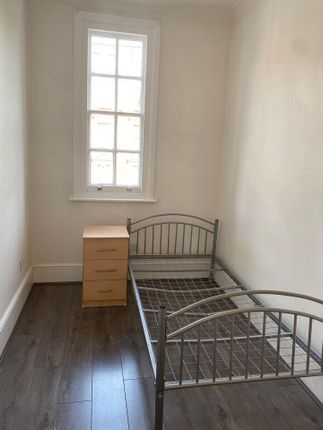 Thumbnail Flat to rent in Kilburn High Road, Kilburn
