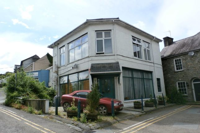 Thumbnail Terraced house for sale in Bank Buildings, Llandeilo