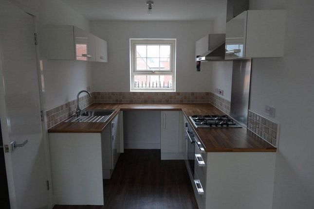 Thumbnail Property to rent in Staniforth Road, Sheffield