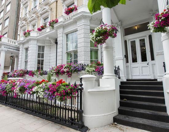 Thumbnail Property for sale in Lexham Gardens, Kensington