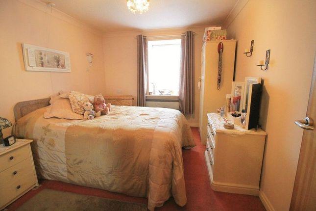 Bedroom of Cromwell Lodge, Barking IG11