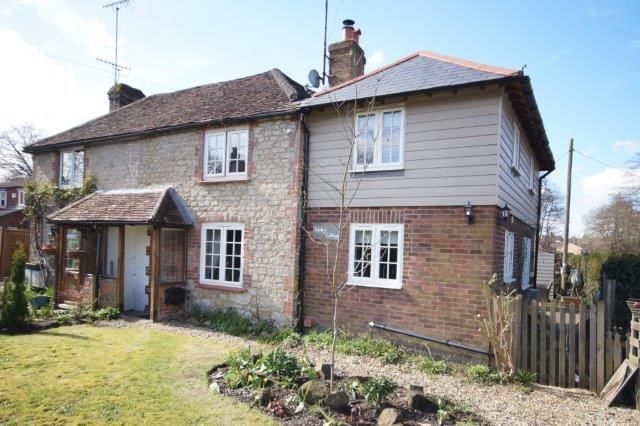 Thumbnail Cottage for sale in Mill Chase Road, Bordon