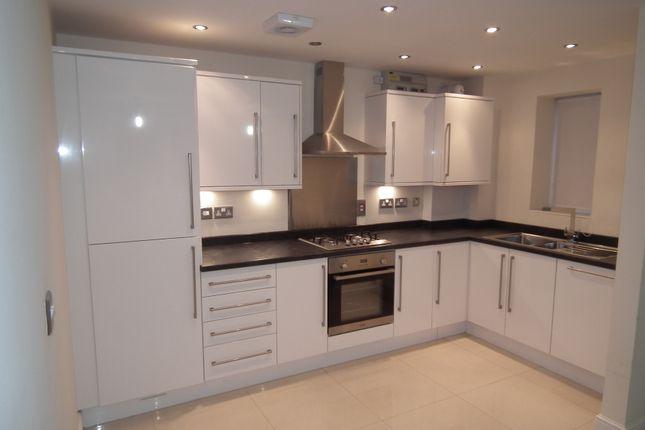 Thumbnail Flat to rent in White Hart Lane, Caerleon