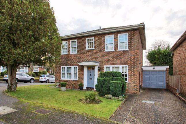 Thumbnail Detached house for sale in Crozier Drive, Selsdon, South Croydon