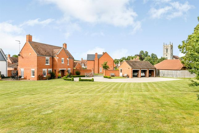 Thumbnail Detached house for sale in Church Close, Alveston, Stratford-Upon-Avon, Warwickshire