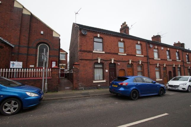 3 bed flat for sale in Victoria Street, Chesterton, Newcastle-Under-Lyme ST5
